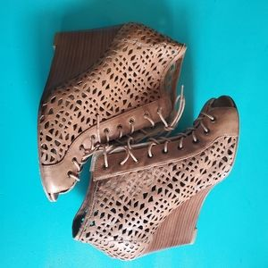 Stuart Weitzman Wedge leather lace up Booties